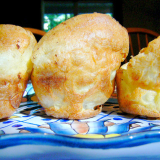 Popovers are light and fluffy and perfect for serving with any comfort food dinner. Just 5 ingredients and only 5 minutes prep to get them into the oven