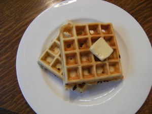 Banana Chocolate Chip Waffles Recipe | ComfortablyDomestic.com