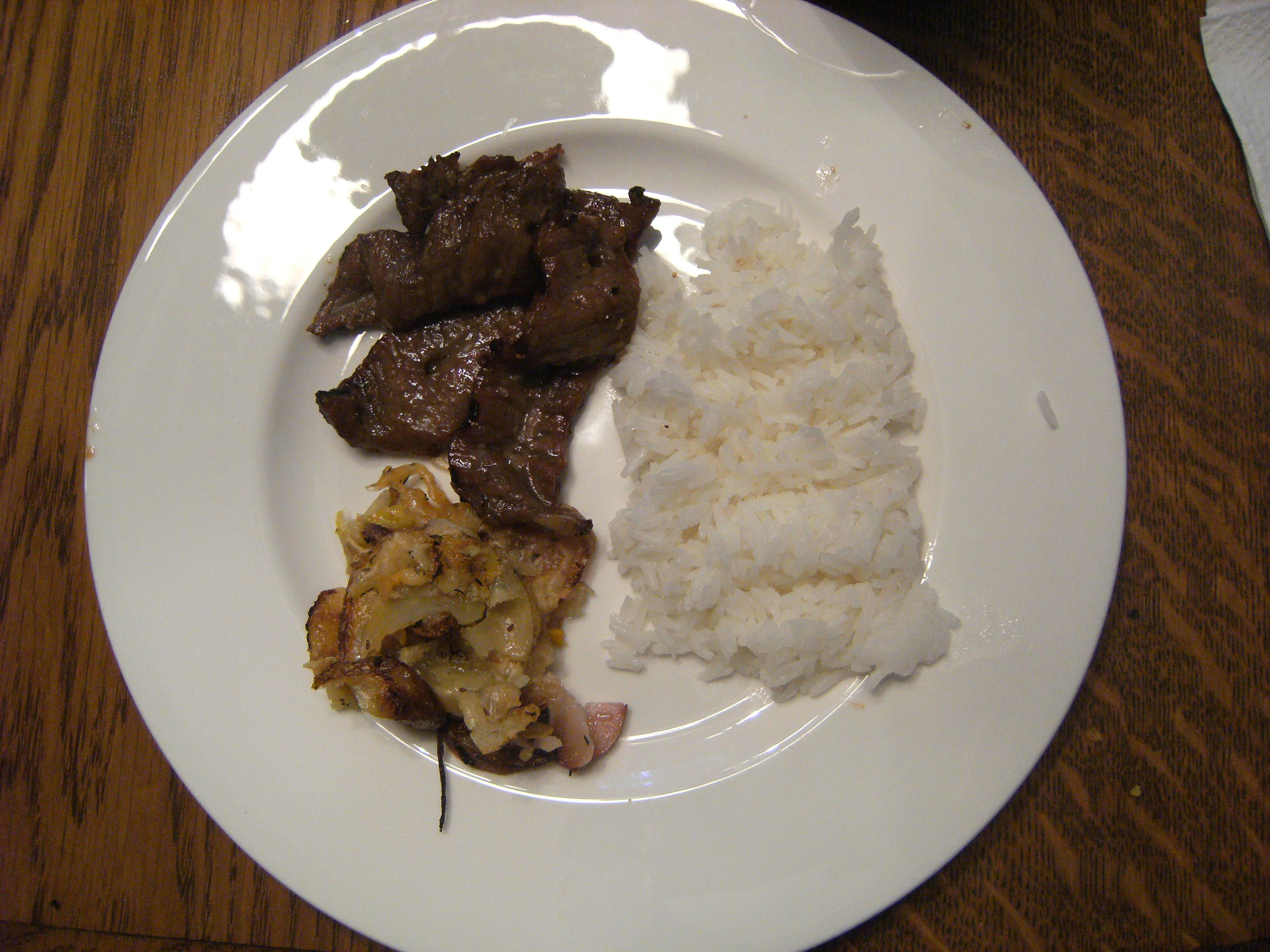Korean Barbecued Beef - Kalbi, Galbi, or Bulgogi. Get the recipe on ComfortablyDomestic.com