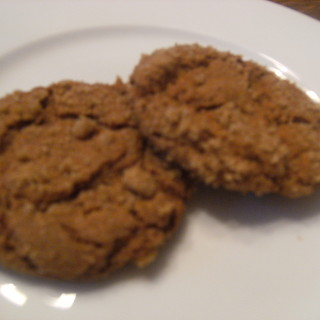 Homemade gingersnaps - Get the recipe on ComfortablyDomestic.com