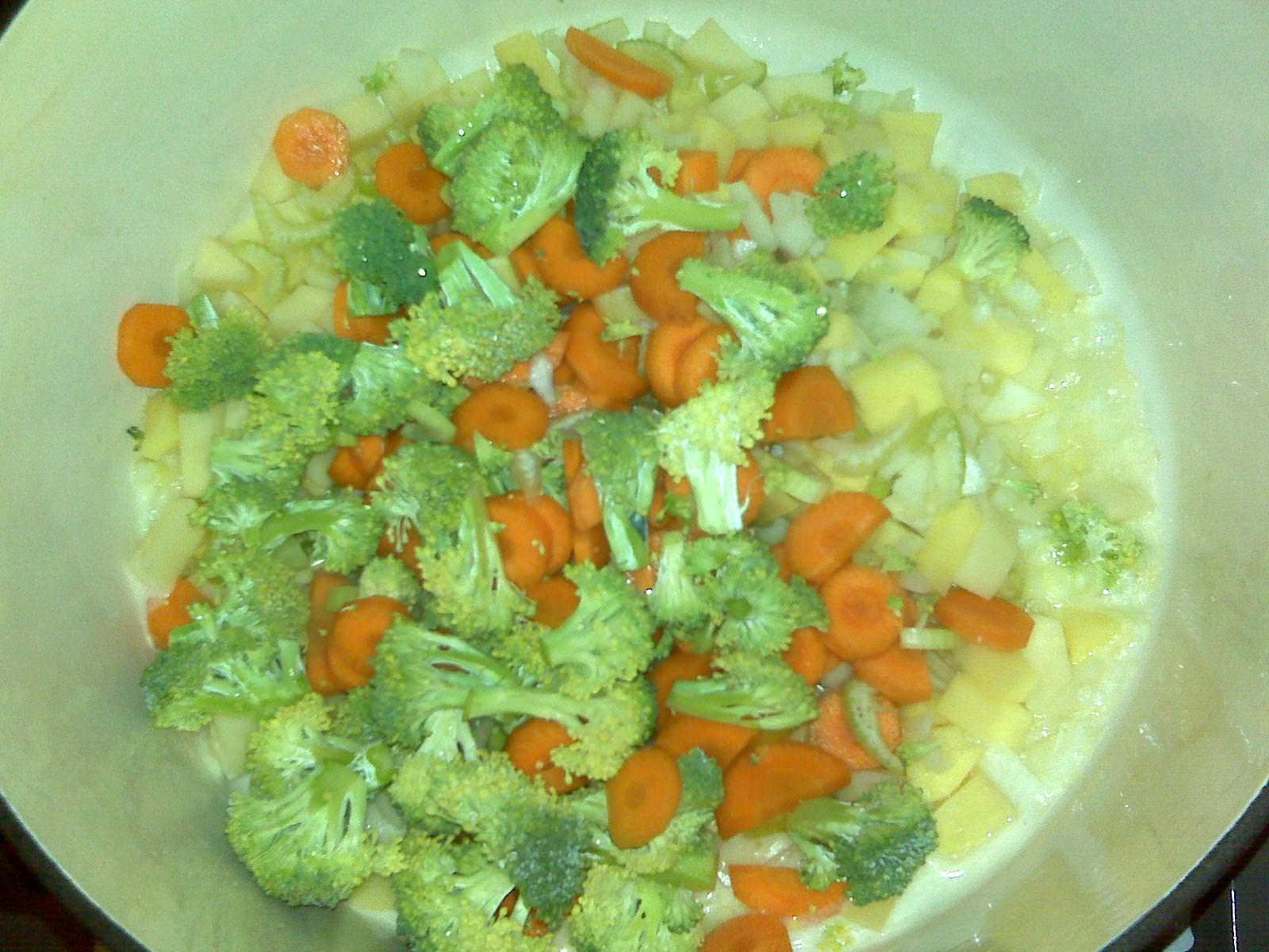 Garden vegetable chowder is thick, creamy soup full of vegetables and cheesy goodness. It will warm your heart and comfort your soul. Get the easy recipe on ComfortablyDomestic.com
