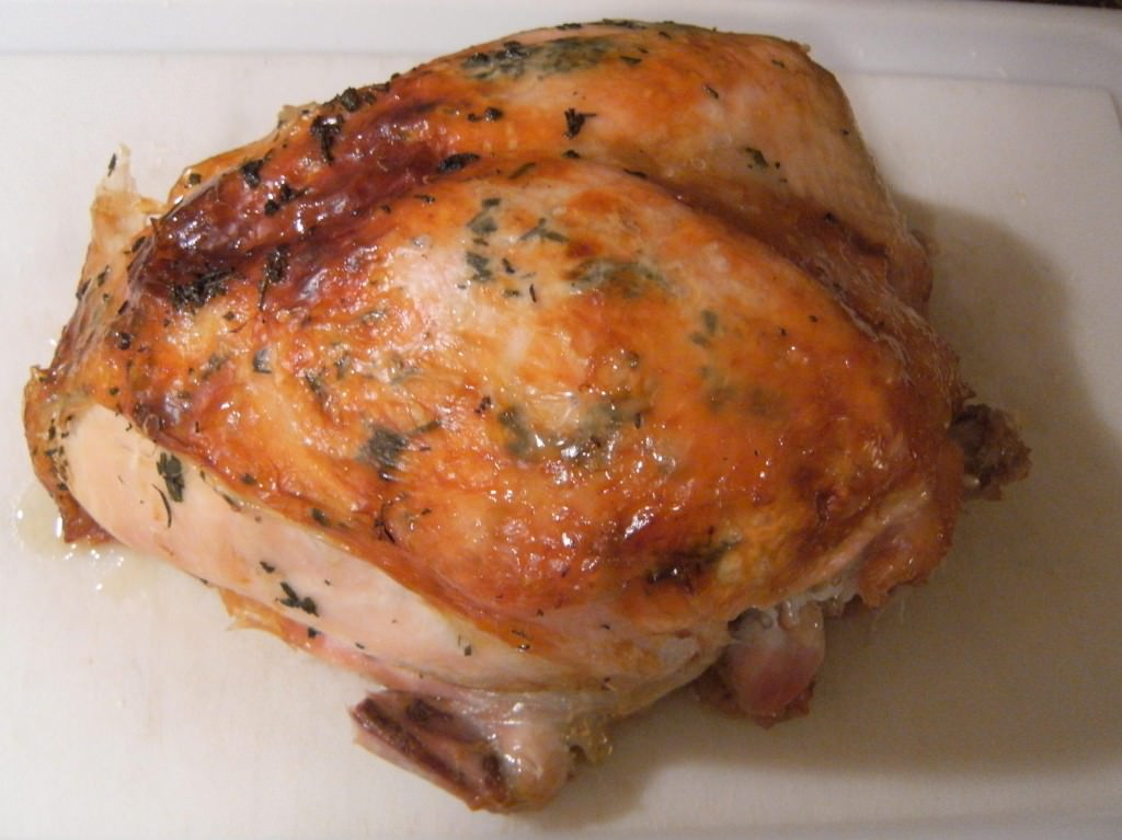 Perfect Roasted Turkey with Citrus and Herb Butter   ComfortablyDomestic.com