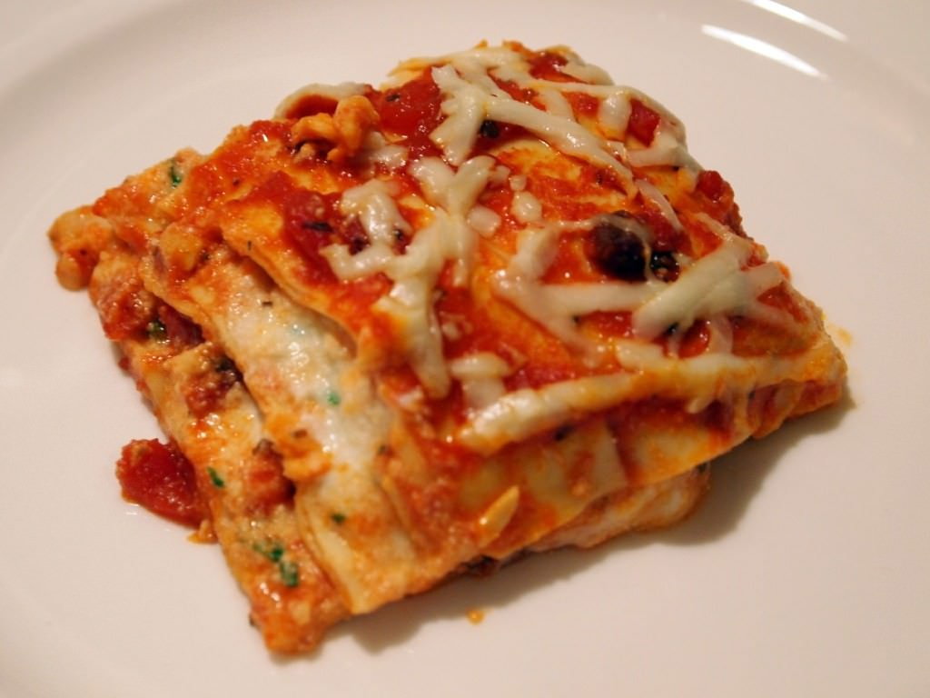 Classic Meat Lasagna - Get this comfort food recipe on ComfortablyDomestic.com