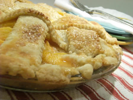 peach pie baked