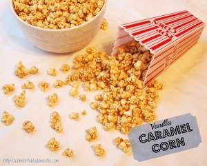 Making this recipe for vanilla caramel corn will become one of your family's new Christmas traditions! | Recipe on ComfortablyDomestic.com
