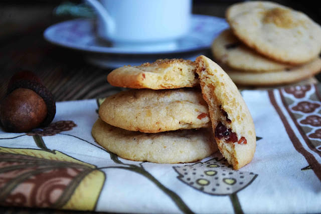 Maple Bacon Sugar Cookies Recipe, from Bakeaholic Mama