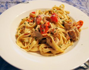 Cajun Chicken Fettucine Alfredo - Recipe on ComfortablyDomestic.com