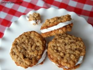 Homemade Oatmeal Marshmallow Cream Pies via Comfortably Domestic