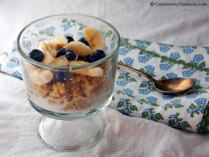 Easy Baked Oatmeal Recipe for a Hearty Breakfast | ComfortablyDomestic.com
