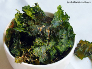 Cheesy Kale Chips | ComfortablyDomestic.com