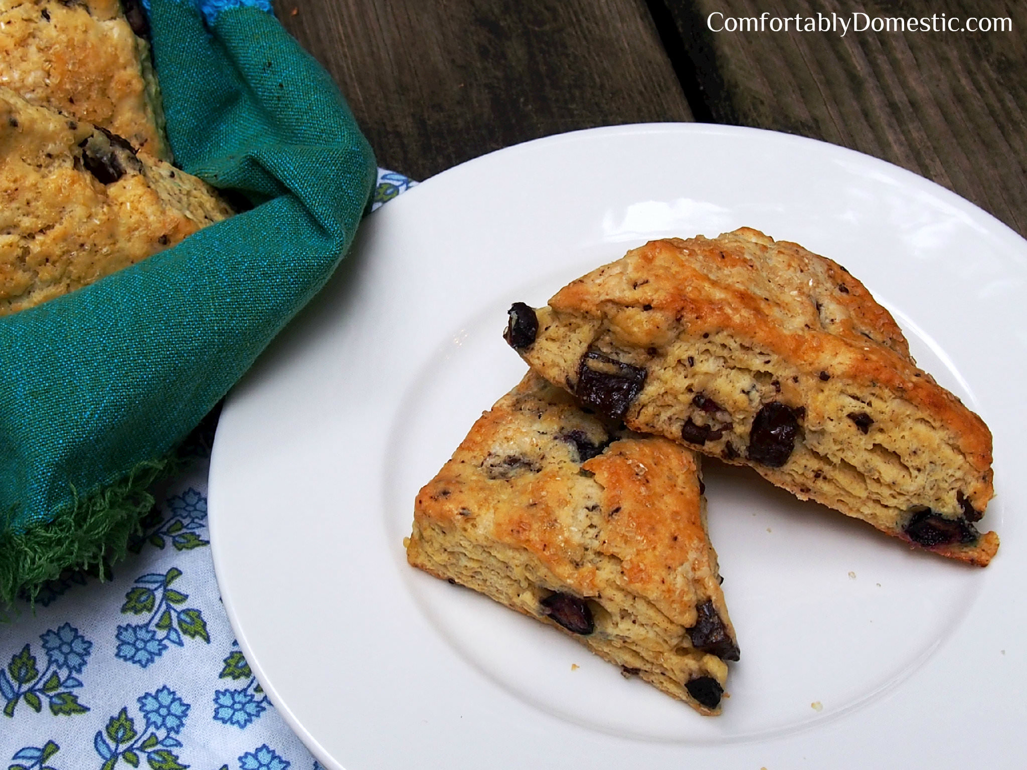 Dark Chocolate Blueberry Scones 2 | ComfortablyDomestic.com