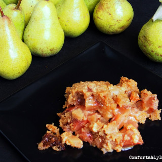 Overnight Pear Cobbler is a slow cooker recipe loaded with the tastes of fall! Recipe on ComfortablyDomestic.com