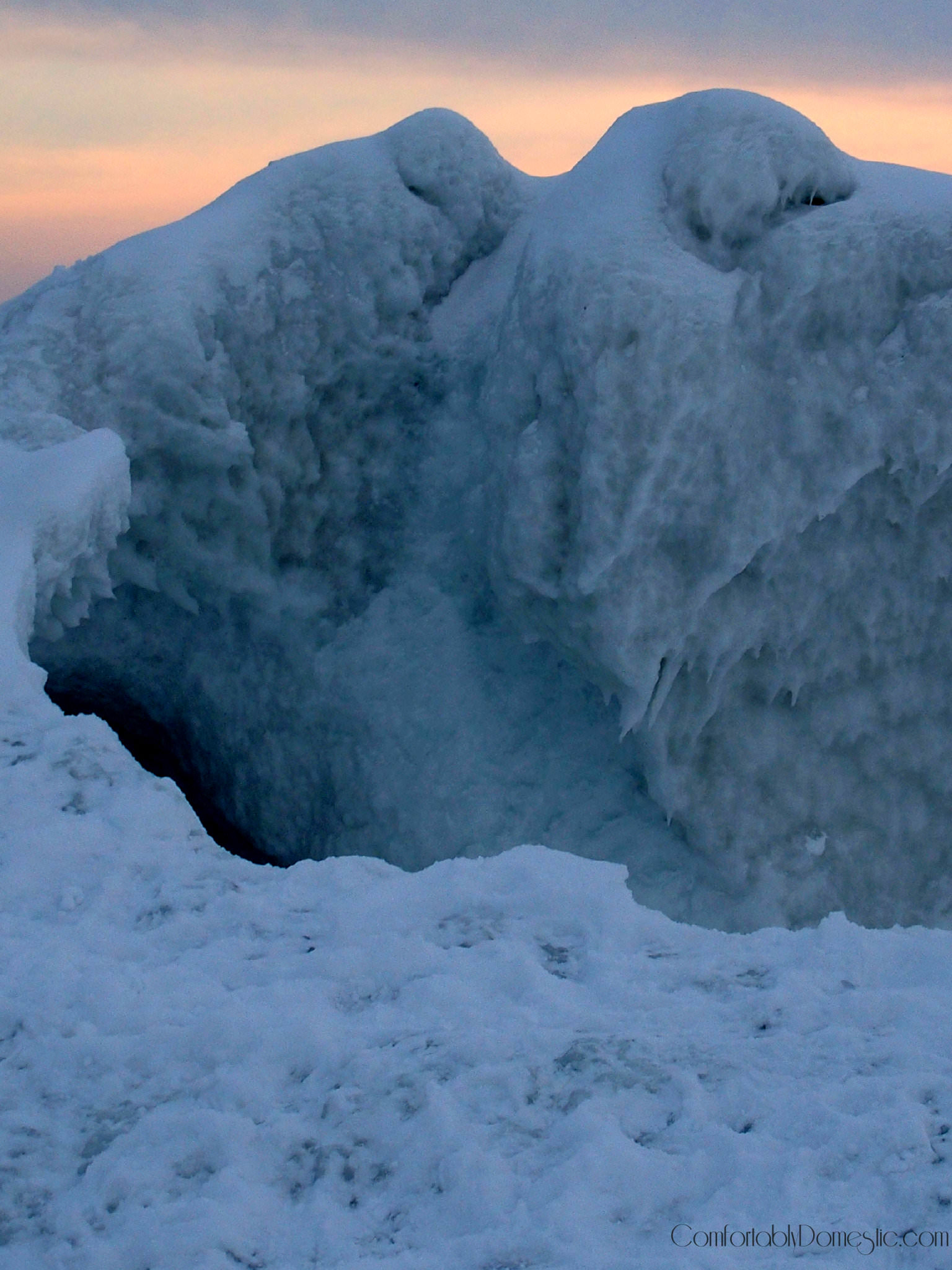 Ice Cave on Lake Michigan | ComfortablyDomestic.com