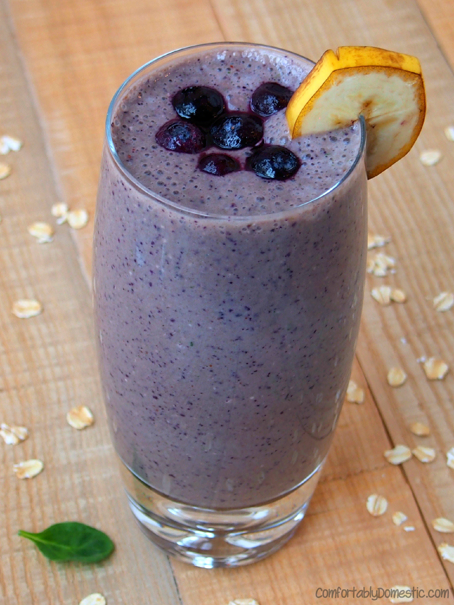 Blueberry Banana Smoothies with (hidden) Spinach | ComfortablyDomestic.com