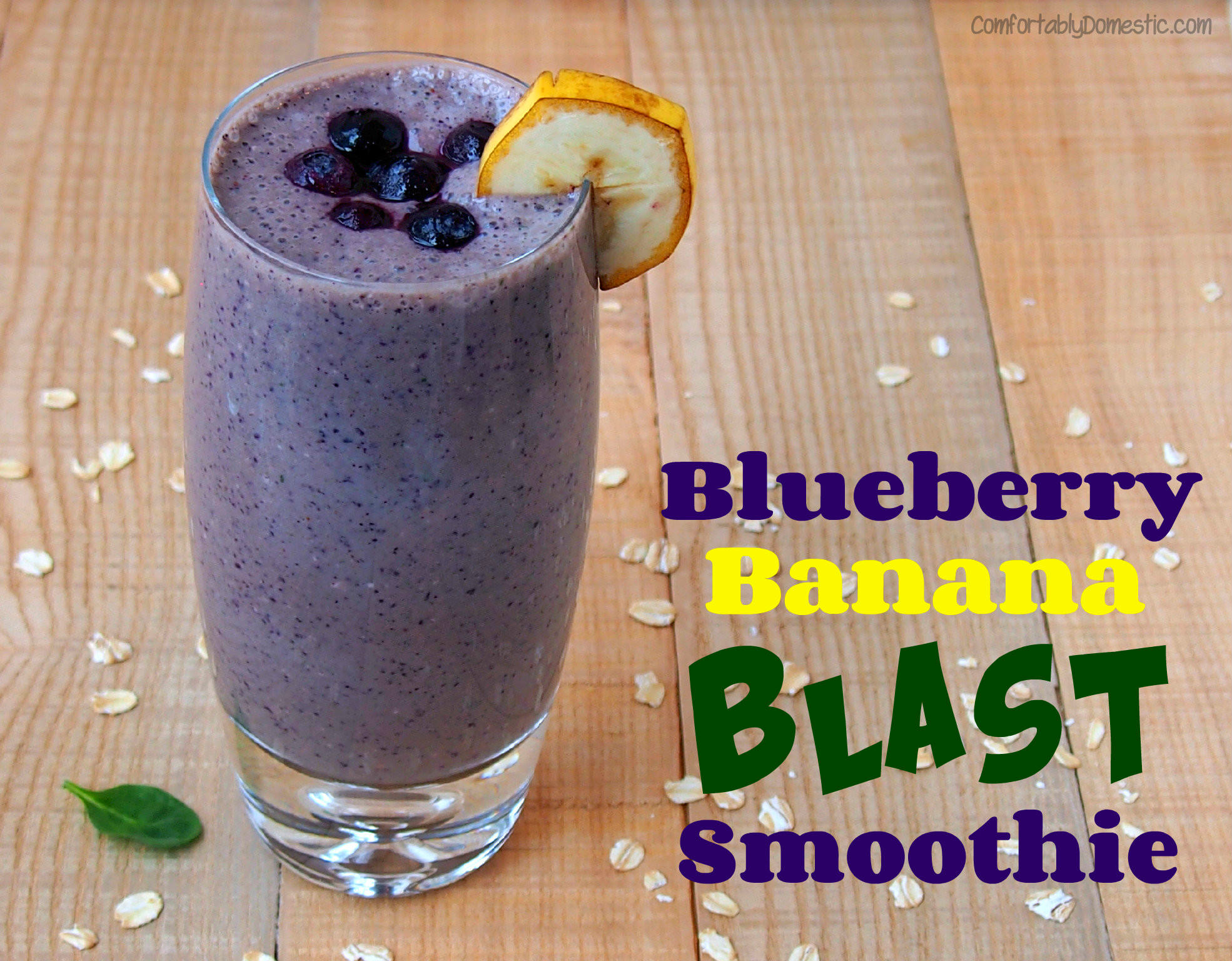 Blueberry banana smoothies make for a nutritious breakfast, ready in less than five minutes! Blending fruits, greens, and whole grains with vitamin rich milk and vanilla yogurt for a healthy smoothie that the whole family will love. | ComfortablyDomestic.com
