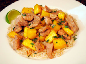 Pork and Pineapple Stir Fry | ComfortablyDomestic.com