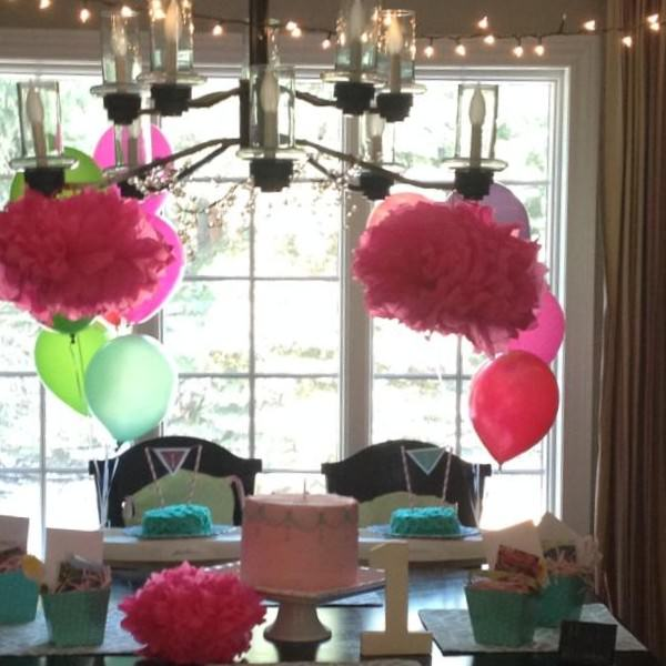 twin girl party tablescape