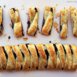 3 Ingredient Lemon Blackberry Braid | ComfortablyDomestic.com