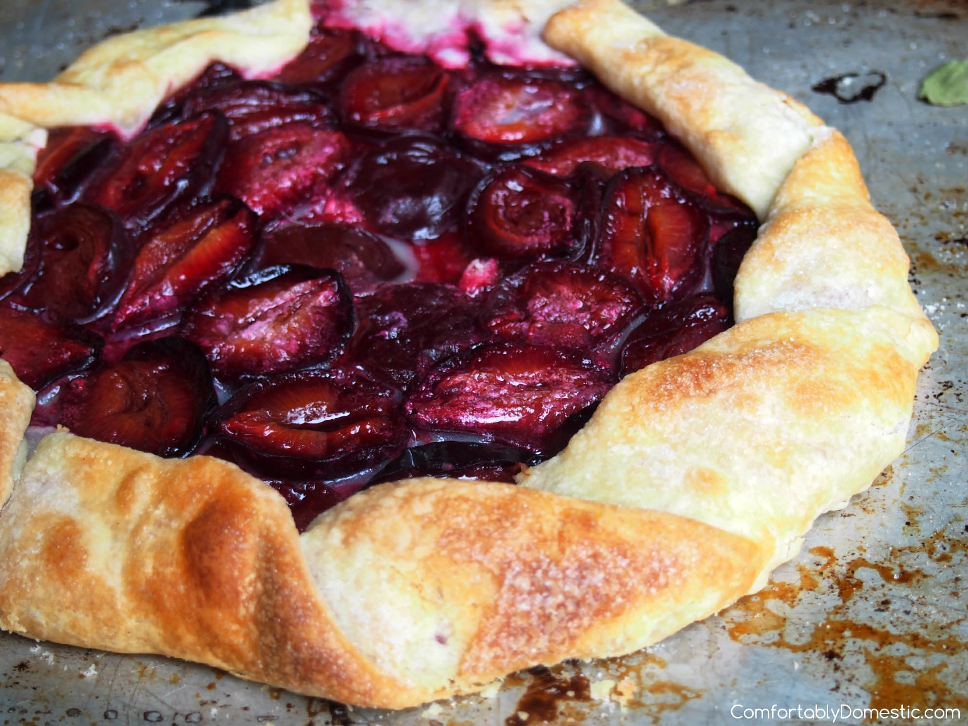 Rustic Plum Tart | ComfortablyDomestic.com Just 3 ingredients!