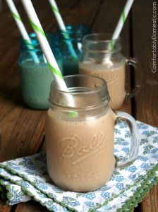 Healthy Chocolate Breakfast Smoothies | ComfortablyDomestic.com