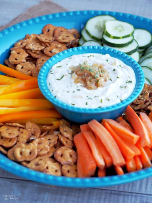 Skinny French Onion Dip